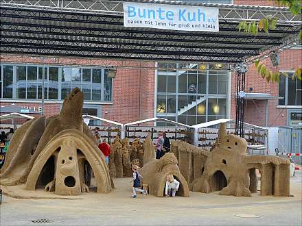 Eintritt frei: Bauen mit Lehm für Groß und Klein ...